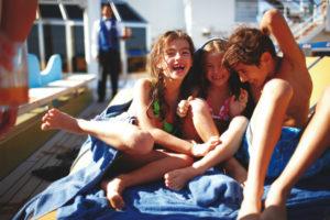 eolie bambini isole barca
